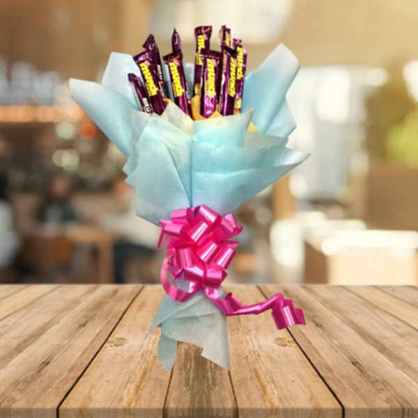 send Munch Chocolate Bouquet online
