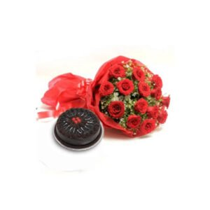 order Red Roses & Chocolate Cake online