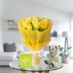 yellow roses and teddy