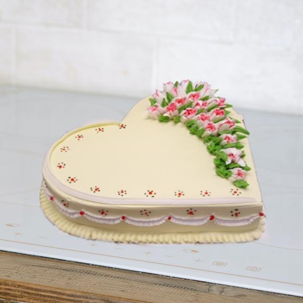 heart shape coffee cake